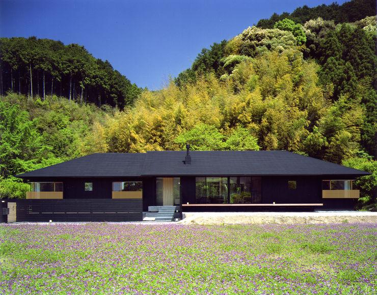 秋月の家 柳瀬真澄建築設計工房 Masumi Yanase Architect Office モダンな 家