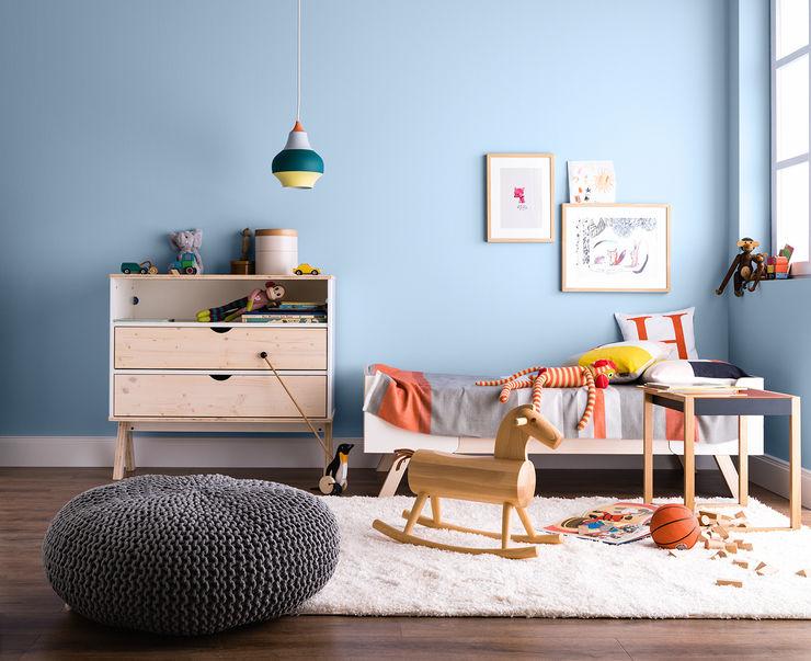 SCHÖNER WOHNEN-FARBE Phòng trẻ em phong cách hiện đại Blue