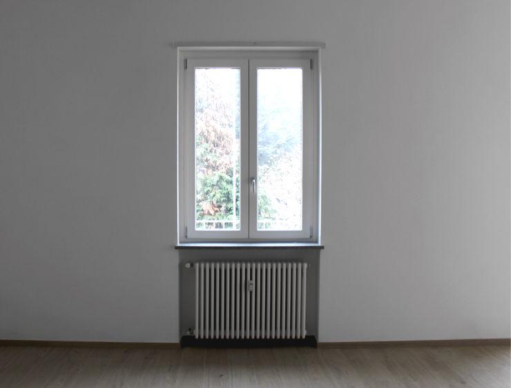 Aulaquattro Puertas y ventanasVentanas Compuestos de madera y plástico Blanco