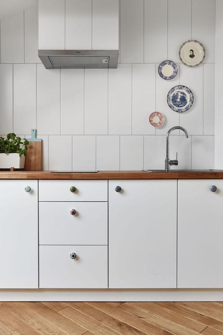 BLACKHAUS Kitchen White