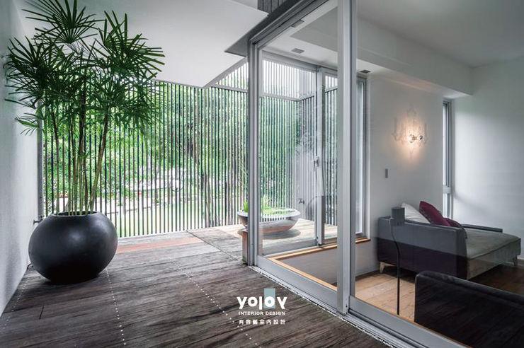 有容藝室內裝修設計有限公司 Balcon, Veranda & Terrasse scandinaves