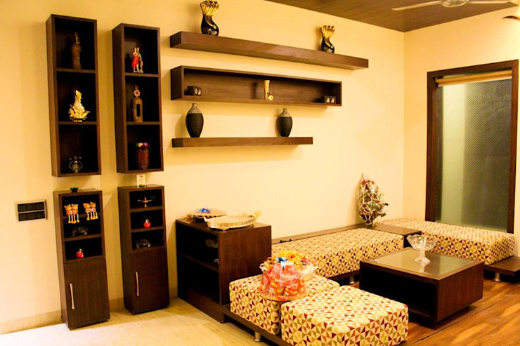 RESIDENCE : AMRITSAR TULI ARCHITECTS AND ENGINEERS Modern Living Room Engineered Wood Wood effect