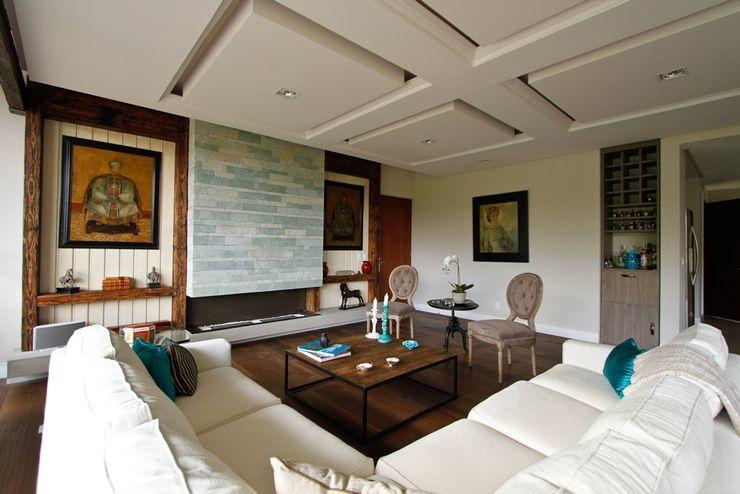 Residencial Vista Sol Mobiliario y Equipo MEE Salones eclécticos