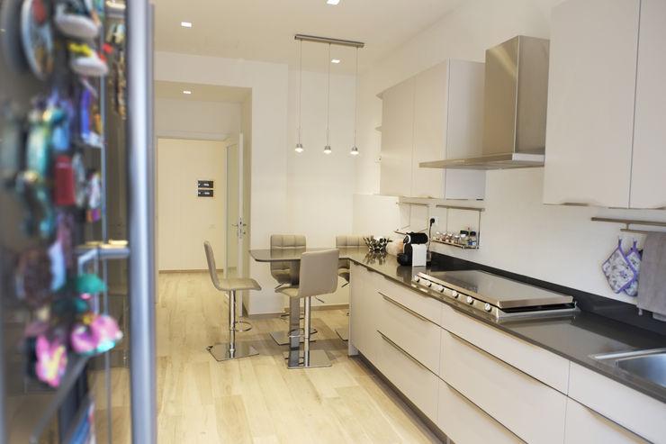 Casa EA Giulia Villani - Studio Guerra Cucina moderna
