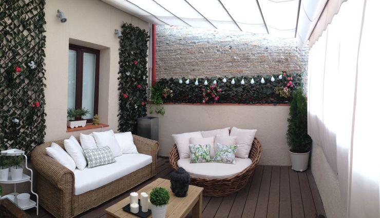 Vivienda particular Démeri estudio Balcones y terrazas de estilo ecléctico