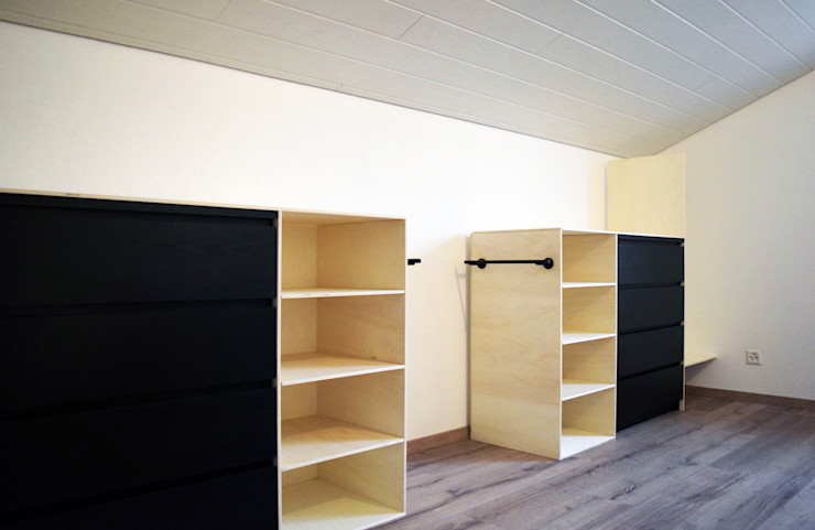 homify Scandinavian style dressing room Wood