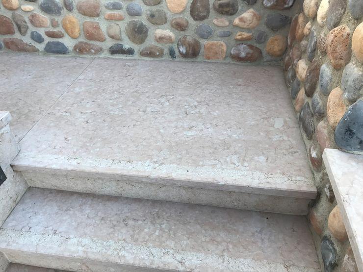 Quintarelli Pietre e Marmi Srl Коридор, коридор і сходиСходи Камінь Рожевий