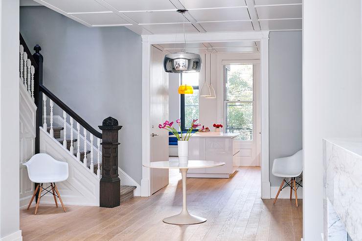 Sarah Jefferys Design Modern corridor, hallway & stairs