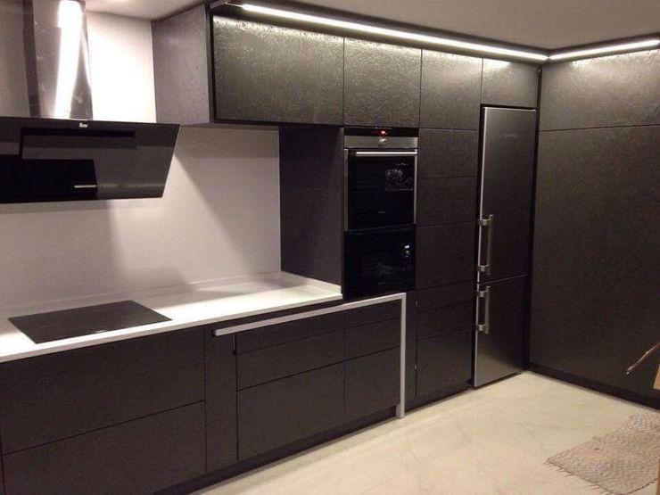 ARKIVO 現代廚房設計點子、靈感&圖片