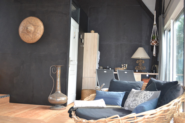 Peintures intérieures et mise en place des accessoires décoratifs KREA Koncept Spa rural