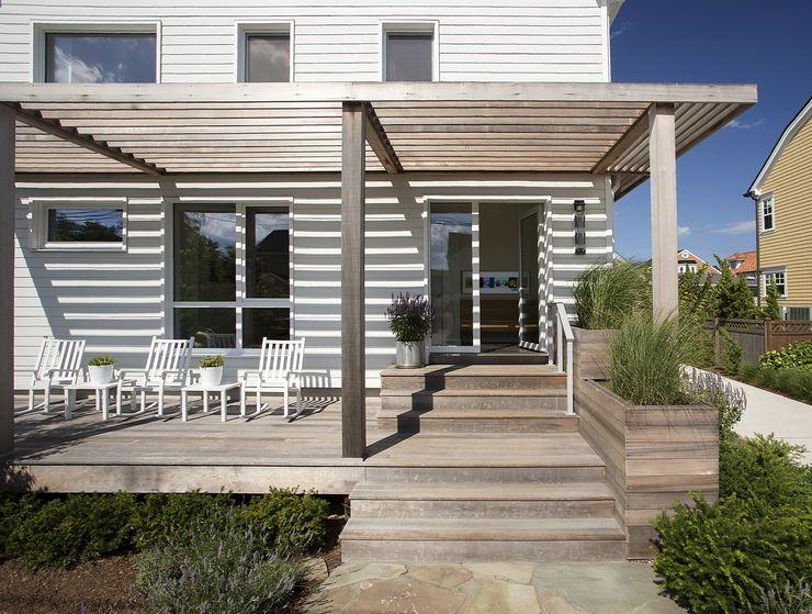 Front porch ZeroEnergy Design Modern Houses White