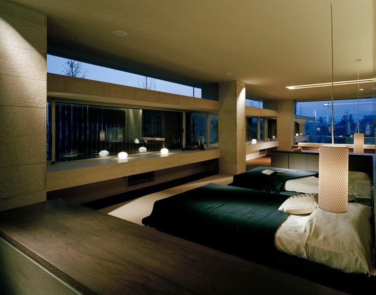 THE HOUSE OF MOLS 森裕建築設計事務所 / Mori Architect Office モダンスタイルの寝室