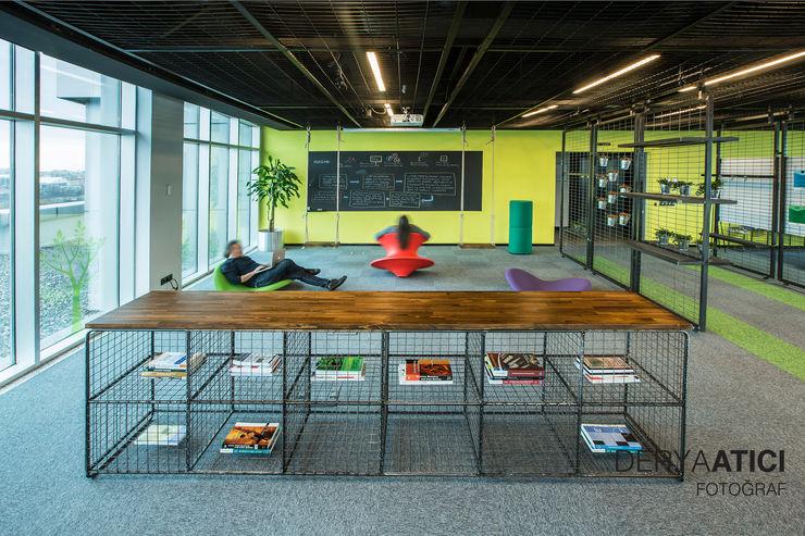 DERYAATICI FOTOĞRAF Office spaces & stores Wood Green