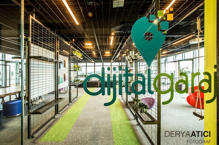 DERYAATICI FOTOĞRAF Office spaces & stores Glass Green