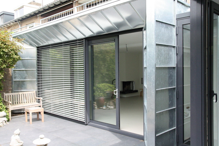 Moderne Uitbouw en aanbouw Architectenbureau Jules Zwijsen Moderne ramen & deuren