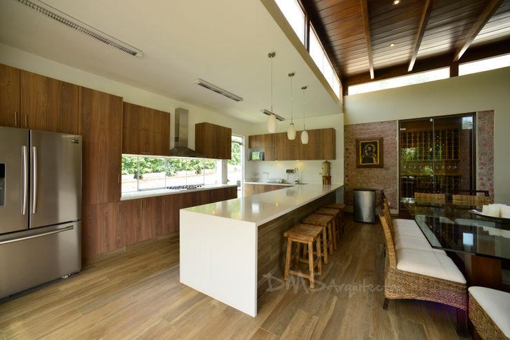 CASA EN CIENEGUILLA DMS Arquitectas Casas modernas: Ideas, diseños y decoración