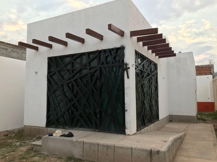 NA Arquitectos Клініки Залізо / сталь Білий