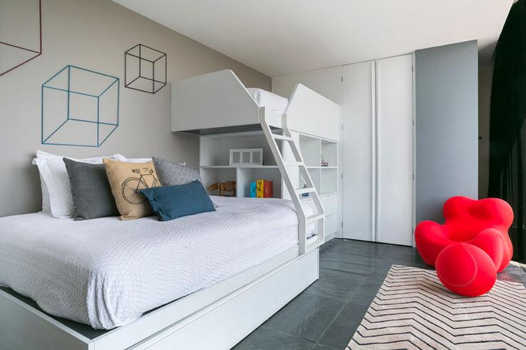 Recámara infantil M+M INTERIORISMO Dormitorios infantiles modernos Madera Acabado en madera