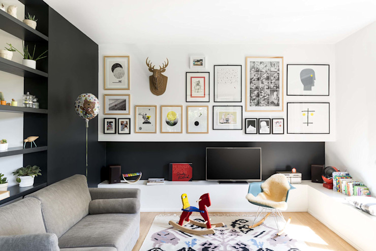 Paint it, black studio wok Soggiorno moderno Nero