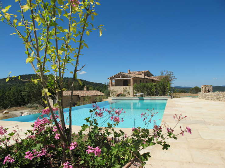 marco carlini architetto Country style pool