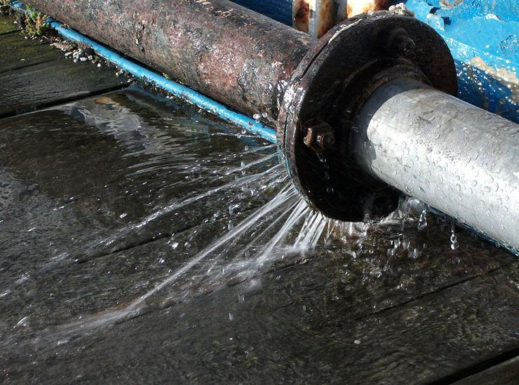 Repairing Pipe Leakages Plumber Christchurch