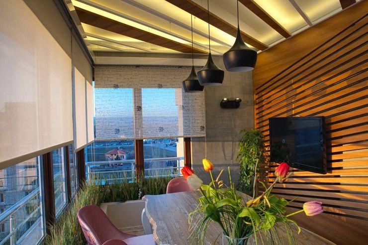 SS EVİ Ofis Mimarlık Modern Balkon, Veranda & Teras