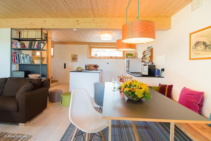 w. raum Architektur + Innenarchitektur Comedores de estilo rural