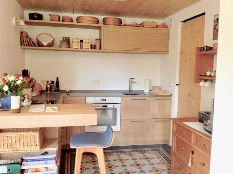 w. raum Architektur + Innenarchitektur Cocinas de estilo rural