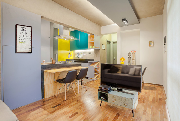 homify Modern dining room Wood Yellow