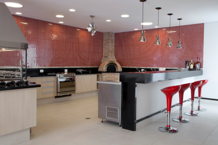 DecorArquitetura - Luciana Corrêa e Elaine Delegredo Modern Terrace Ceramic Red