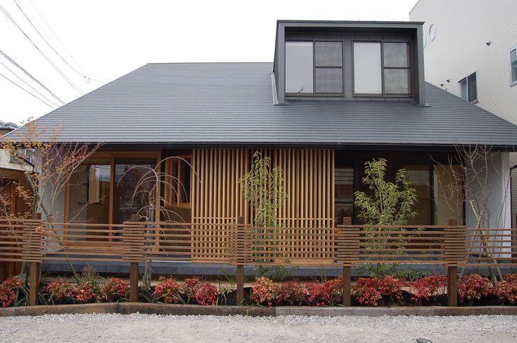 環アソシエイツ・高岸設計室 Minimalist house Wood