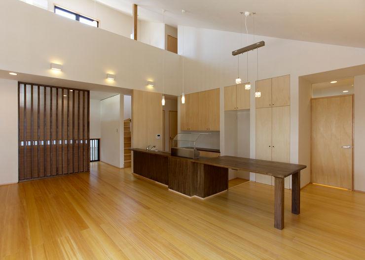 環アソシエイツ・高岸設計室 Living room Wood