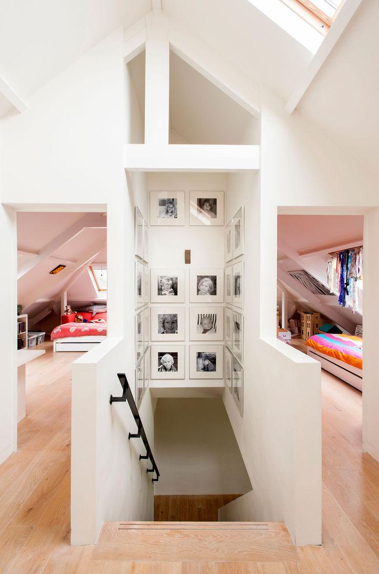 VASD interieur & architectuur Modern nursery/kids room