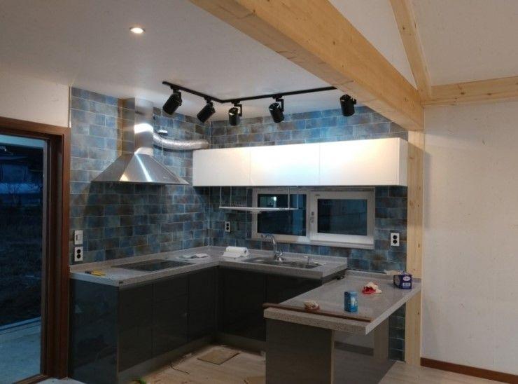 Goodhaus Modern kitchen