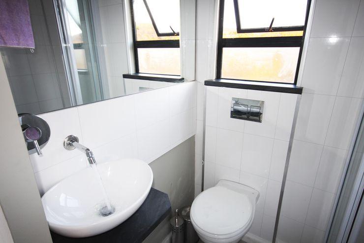 Square Elephant bathroom Berman-Kalil Housing Concepts Modern style bathrooms