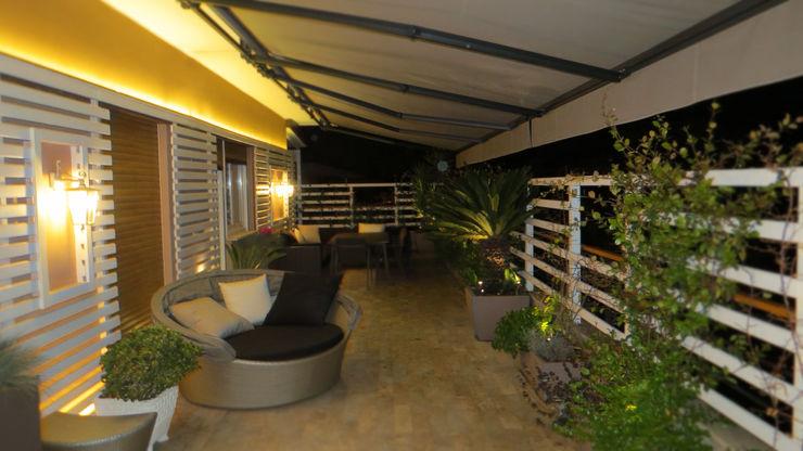 Fabio Valente Studio di architettura e urbanistica Modern Terrace