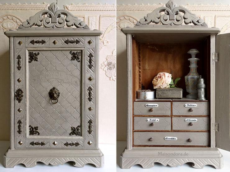 Maisondora Vintage Living BathroomMedicine cabinets Wood Grey