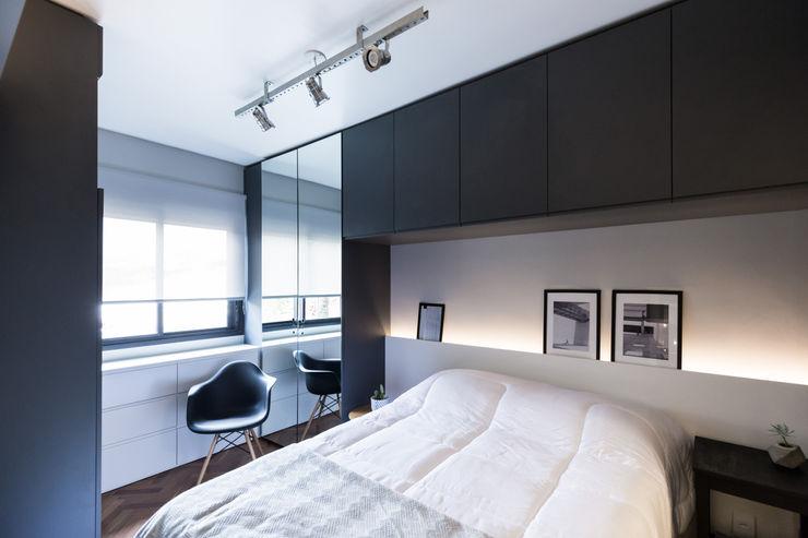 Apartamento Soho K+S arquitetos associados Quartos industriais MDF Cinza