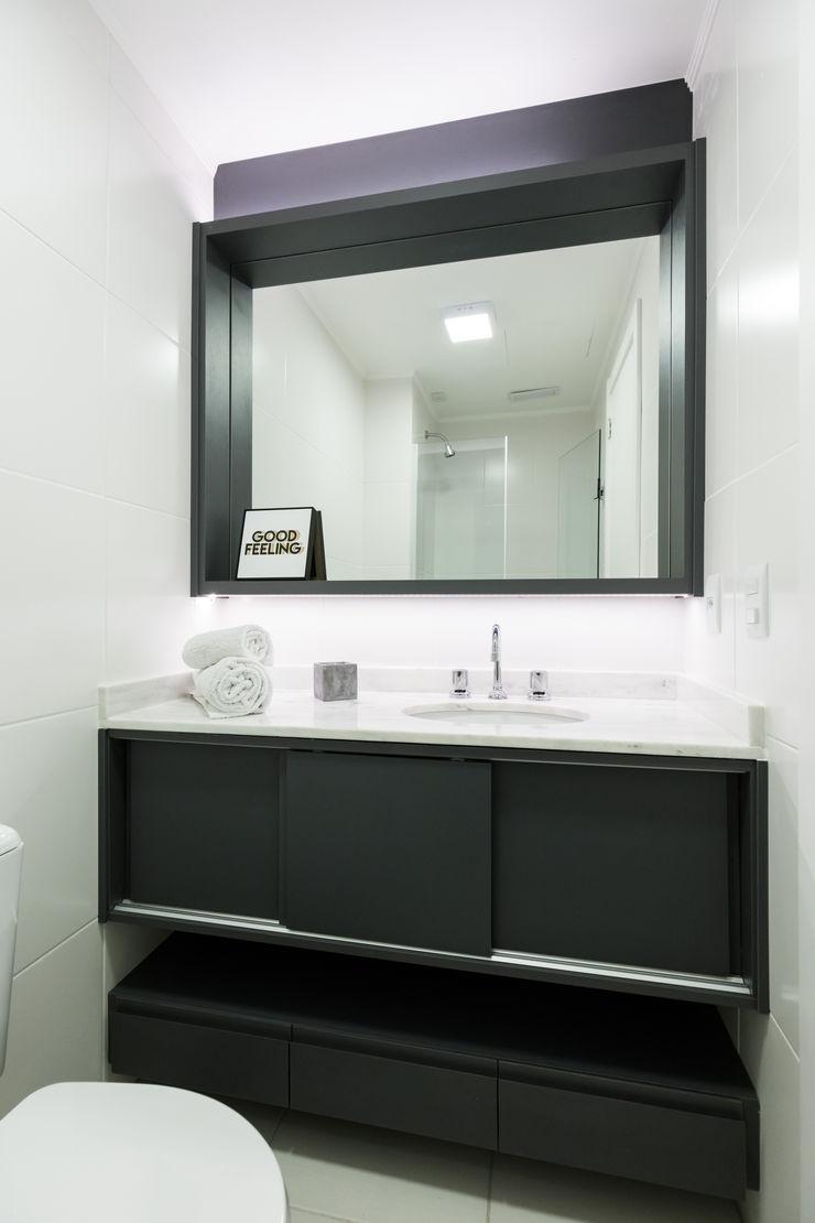 Apartamento Soho K+S arquitetos associados Banheiros industriais