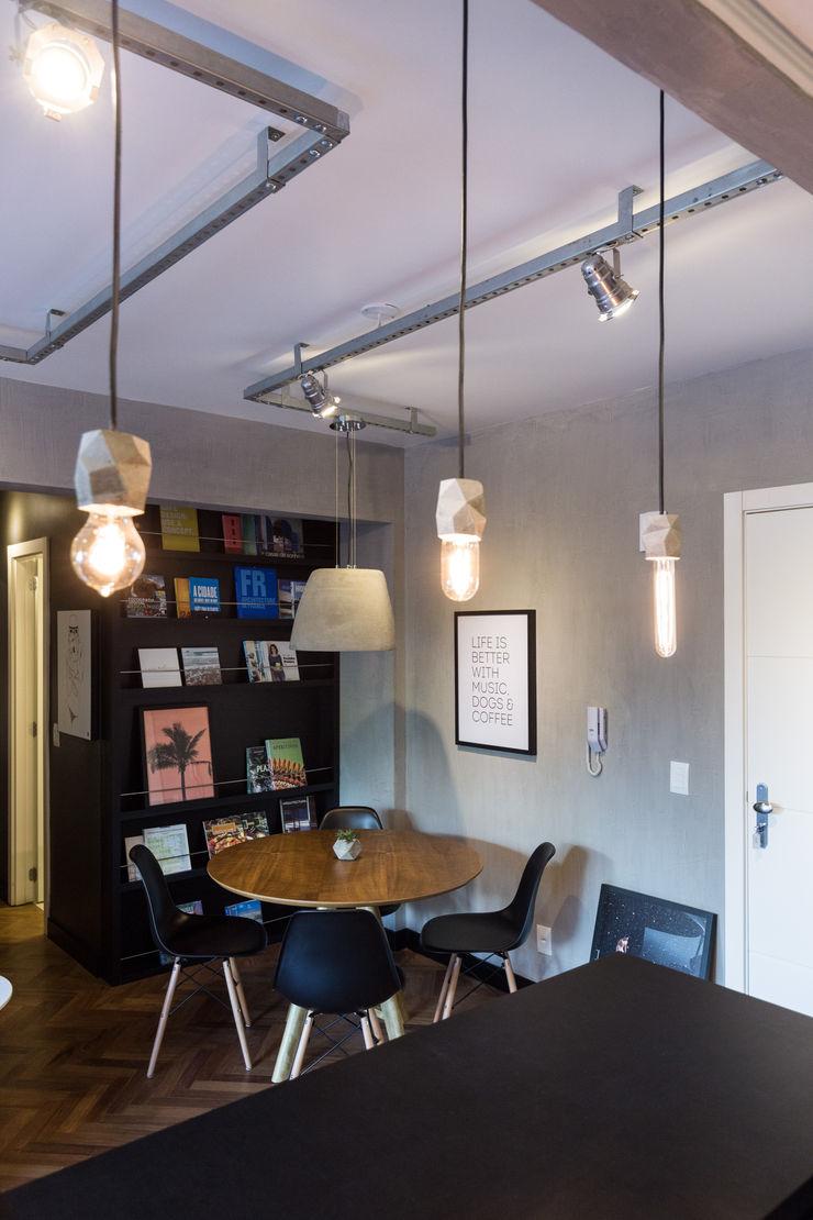 Apartamento Soho K+S arquitetos associados Salas de jantar industriais