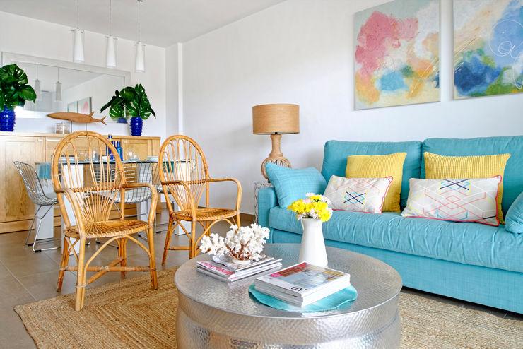 Casa de playa. Alicante itta estudio Salones de estilo mediterráneo