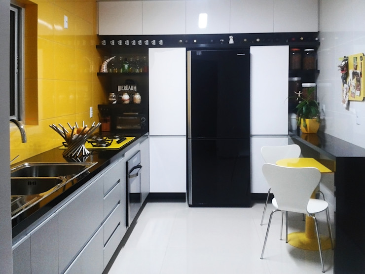Reforma Cozinha ArqClub - Studio de Arquitetura Cozinhas modernas MDF Amarelo