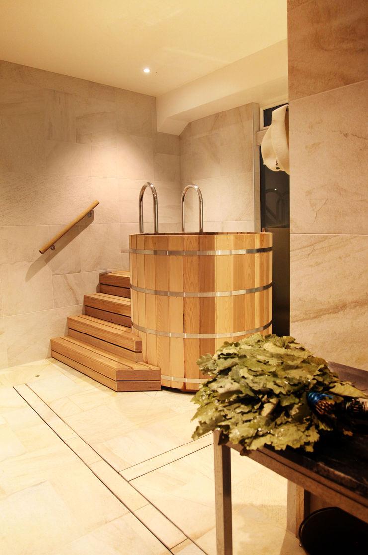 Cold water tub Natalia Interior Design Steam Bath Wood Beige