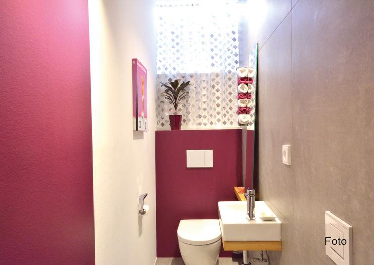 homify Modern bathroom Purple/Violet
