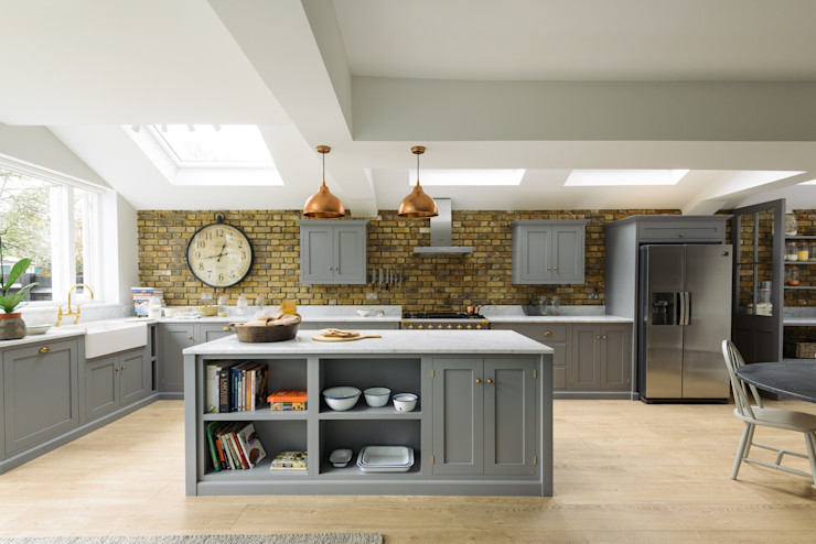 The SW12 Kitchen by deVOL deVOL Kitchens CuisinePlacards & stockage Bois Gris