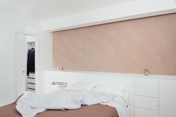 manuarino architettura design comunicazione Dormitorios de estilo moderno Madera Marrón