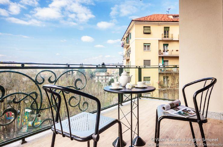 Home Staging su appartamento pilota di Palazzina in fase di realizzo Vivere lo Stile Balcone, Veranda & Terrazza in stile moderno