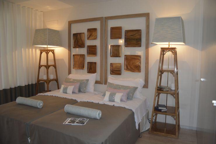 carla gago-interiores Colonial style bedroom