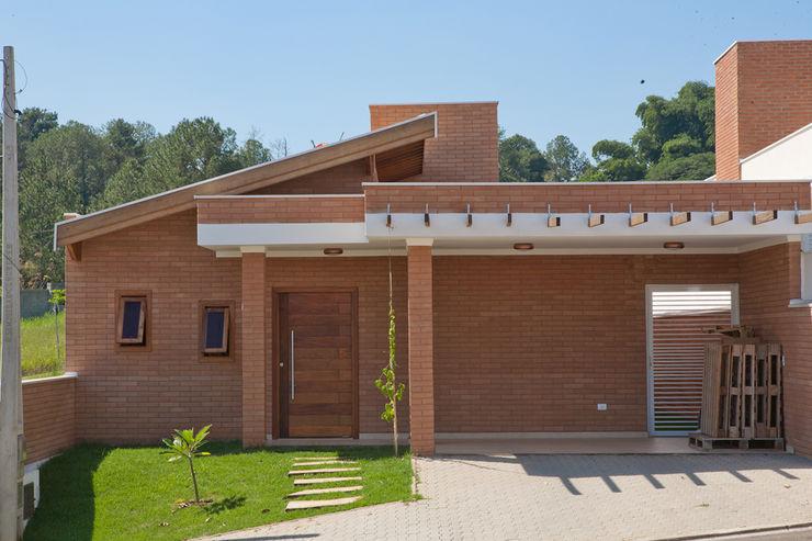 EKOa Empreendimentos Sustentáveis Casas de estilo rústico
