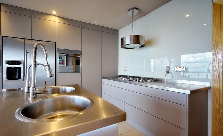 Simple statement 'Best' extractor fan ADORNAS KITCHENS Modern kitchen Wood Brown